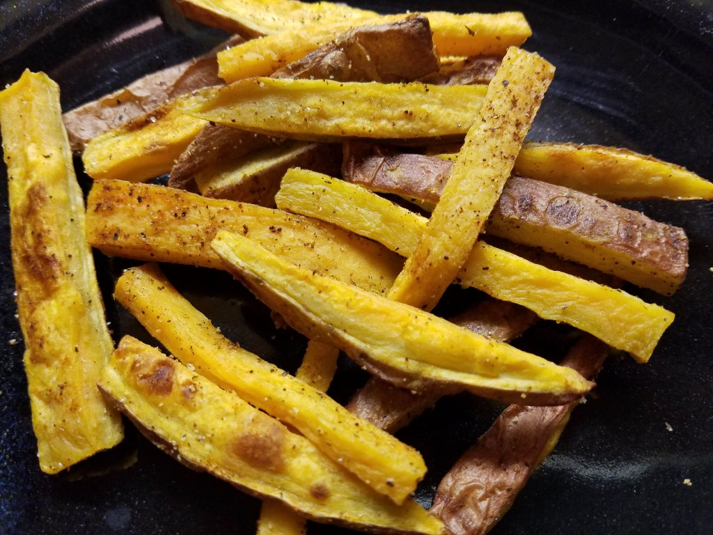 plate of sweet potato fries