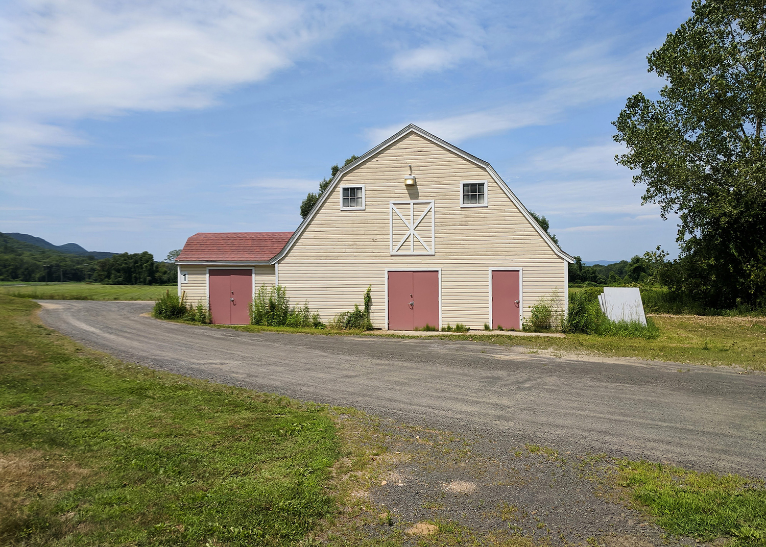A barn on the Hampshire campus