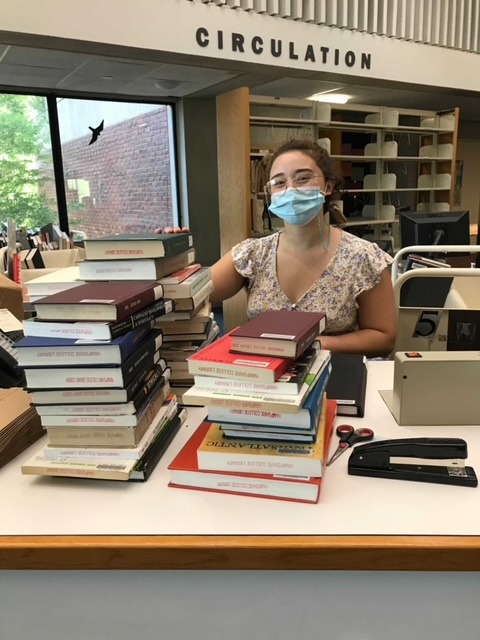 photo of library student employee
